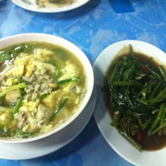 Photo taken at น้องแนน by MEEN® . on 6/1/2012