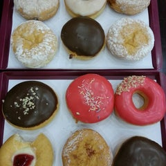 Photo taken at Dunkin Donuts by Mustafa E. on 9/11/2012