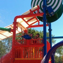 Photo taken at lyndhurst spray park by Saidy C. on 7/9/2012