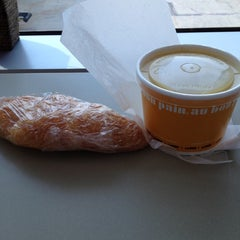 Photo taken at Au Bon Pain by Michael L. on 6/29/2012