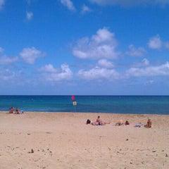 Photo taken at Ehukai Beach by NMROD on 5/9/2012