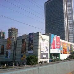 Photo taken at Oberoi Mall by Yashraj C. on 10/23/2011