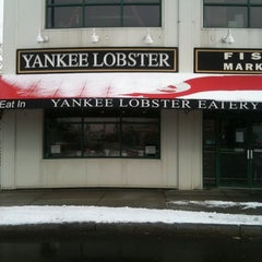 Photo taken at Yankee Lobster by Rich V. on 12/23/2010
