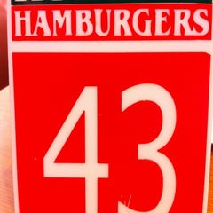 Photo taken at Ruben's Hamburgers by Luis I. on 9/6/2011
