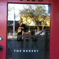 Photo taken at Mix the Bakery by Ada J. on 11/23/2011