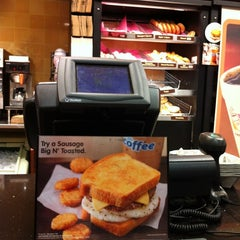 Photo taken at Dunkin Donuts by Randy G. on 1/22/2012