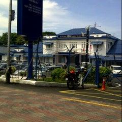 Photo taken at Balai Polis Melaka Tengah (Cawangan Trafik) by Qhalifah U. on 11/9/2011