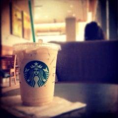 Photo taken at Starbucks (สตาร์บัคส์) by Ki Ki Y. on 8/19/2012