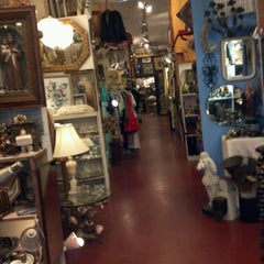 Photo taken at Uncommon Objects by Miranda O. on 2/6/2012