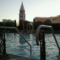 Photo taken at The Venetian Pool by Justin M. on 8/24/2011
