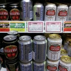 Photo taken at 成城石井 アトレ新浦安店 by 尾形 直. on 9/4/2011
