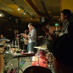 Photo taken at 606 Club by Alan W. on 5/22/2012