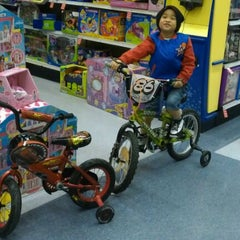 "Photo taken at Toys""R""Us / Babies""R""Us by Long-long L. on 4/14/2012"
