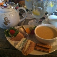Photo taken at Lincoln Tea Room by Vivian C. on 10/28/2011