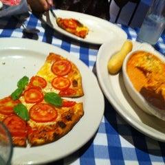 Photo taken at Italianni's by Luis E. on 6/17/2012