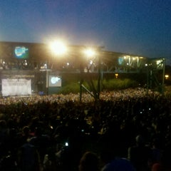 Photo taken at Farm Bureau Live at Virginia Beach by Jaleh on 7/27/2012