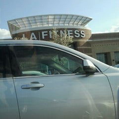 Photo taken at LA Fitness by Mohammed E. on 3/25/2012