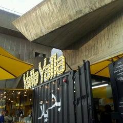 Photo taken at Yalla Yalla by Ro L. on 8/11/2012
