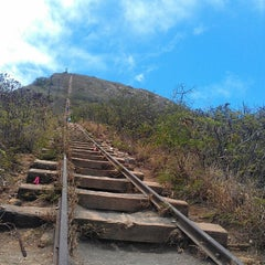 Photo taken at Koko Head Crater Trail by Stephen L. on 7/18/2012