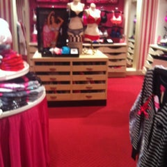 Photo taken at Victoria's Secret PINK by Tash S. on 12/31/2011
