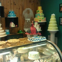 Photo taken at Town Crier Bakery by Lyn D. on 6/25/2011