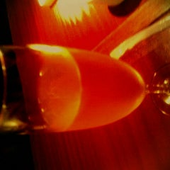 Photo taken at THE WINE BAR 新宿住友ビル店 by さかした な. on 8/13/2011
