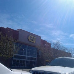 Photo taken at Best Buy by Jacob G. on 3/21/2012