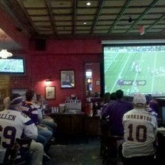Photo taken at Sine Irish Pub & Restaurant Arlington,Va by 🌴ravis P. on 11/20/2011
