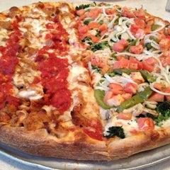 Photo taken at Frantoni's Pizzeria & Ristorante by Jen P. on 4/22/2012