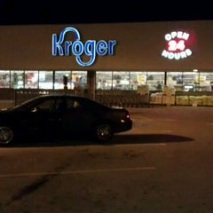 Photo taken at Kroger by Gisselle M. on 12/6/2011