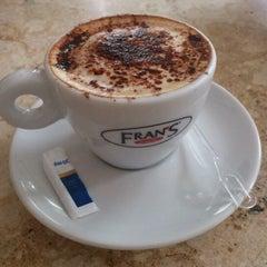 Photo taken at Fran's Café by Fellipe A. on 5/3/2012