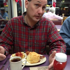 Photo taken at Tudor's Biscuit World by Darren F. on 12/18/2011