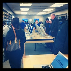 Photo taken at Apple Store, Partridge Creek by Adam S. on 10/20/2011