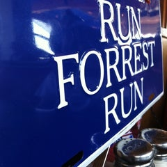 Photo taken at Bubba Gump Shrimp Co. by Melissa P. on 8/27/2011