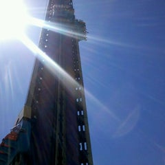 Photo taken at Big Tower by Luiz Henrique H. on 11/17/2011