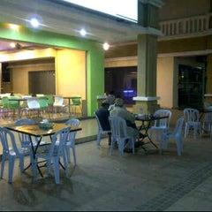 Photo taken at Hainan kopitiam by Baitul K. on 4/21/2012