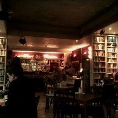 Photo taken at Goldmund Literaturcafe by Kolja D. on 3/10/2012
