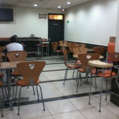 Photo taken at Steers - Donholm by Julie M. on 5/4/2012