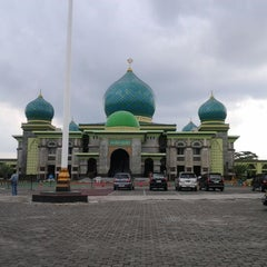 Photo taken at Masjid Agung An-Nur by Runie S. on 5/26/2012