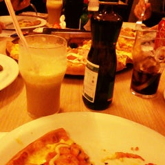 Photo taken at Formaggio Pizzaria by samantha z. on 6/10/2012