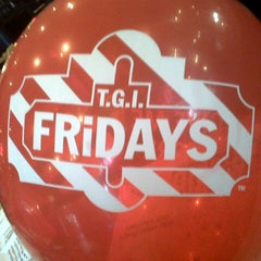 Photo taken at T.G.I. Friday's by Iki A. on 7/27/2012