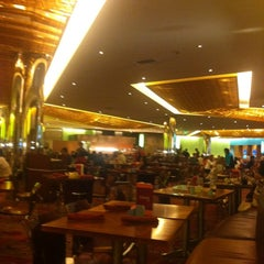 Photo taken at Cravings Buffet by Jacky L. on 8/18/2012