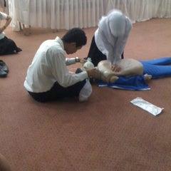 Photo taken at ห้องประชุมผู้สูงอายุ รพ.สงขลา by จิรวัฒน์ ส. on 3/19/2012