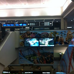 Photo taken at Baggage Claim 5 by Elizabeth S. on 5/23/2012