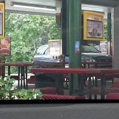 Photo taken at SONIC Drive In by George W. on 8/6/2012