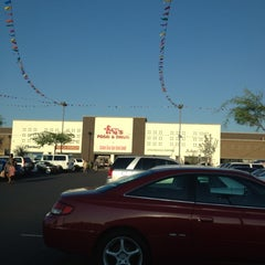 Photo taken at Fry's Food Store by RenyaDeDulce on 8/30/2012