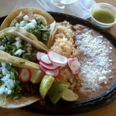 Photo taken at Taqueria Los Ocampo by SillyBrute on 9/9/2011