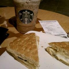Photo taken at Starbucks by Rodrigo H. on 8/2/2012