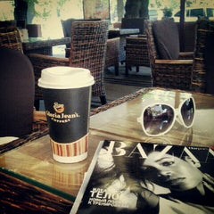 Photo taken at Gloria Jean's Coffees by D S. on 9/11/2012