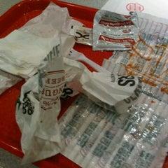 Photo taken at Hero Certified Burgers by Matthew H. on 9/23/2011